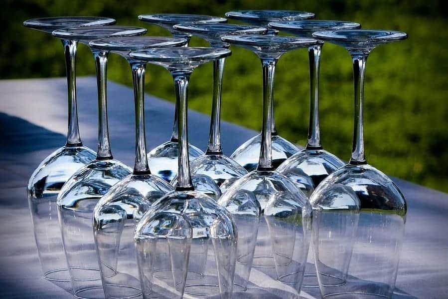vaatwasser-wijnglazen-wasmachine-afwasmachine-glazenwasser-horeca