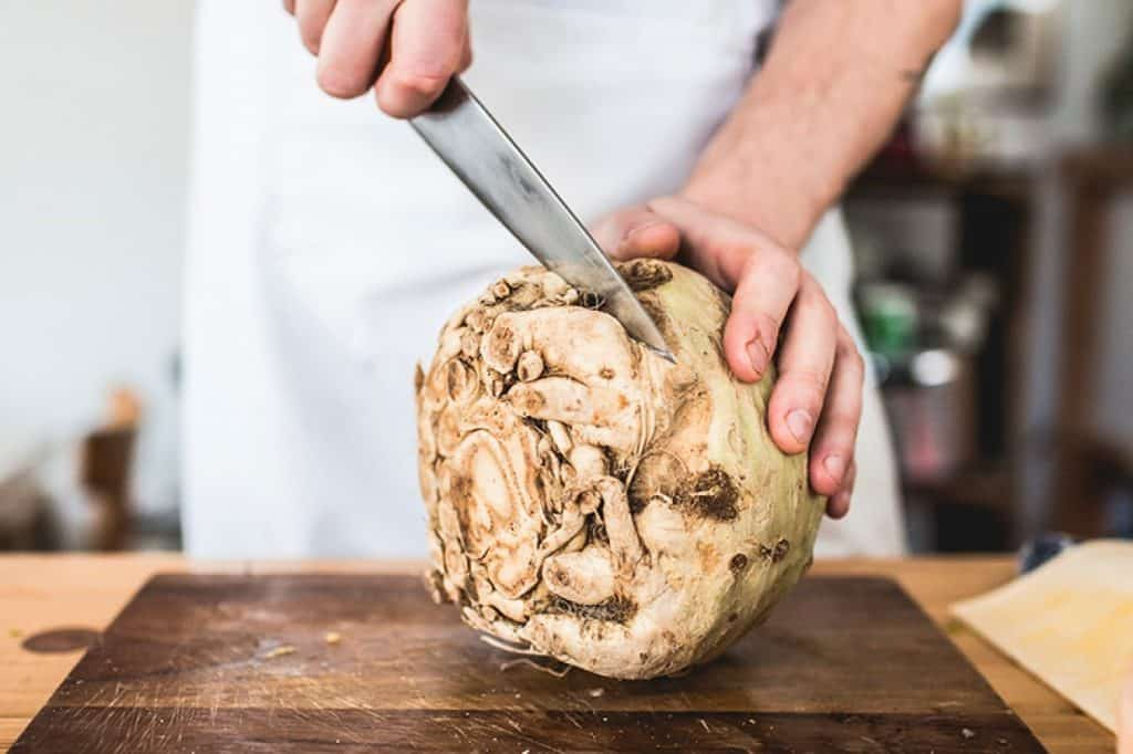 knolselder snijden groente teelt IYFV2021 Frank Fol