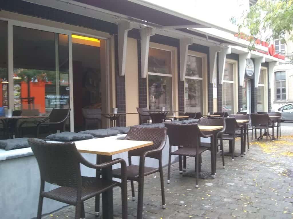 Figaro Café Oudenaarde terras