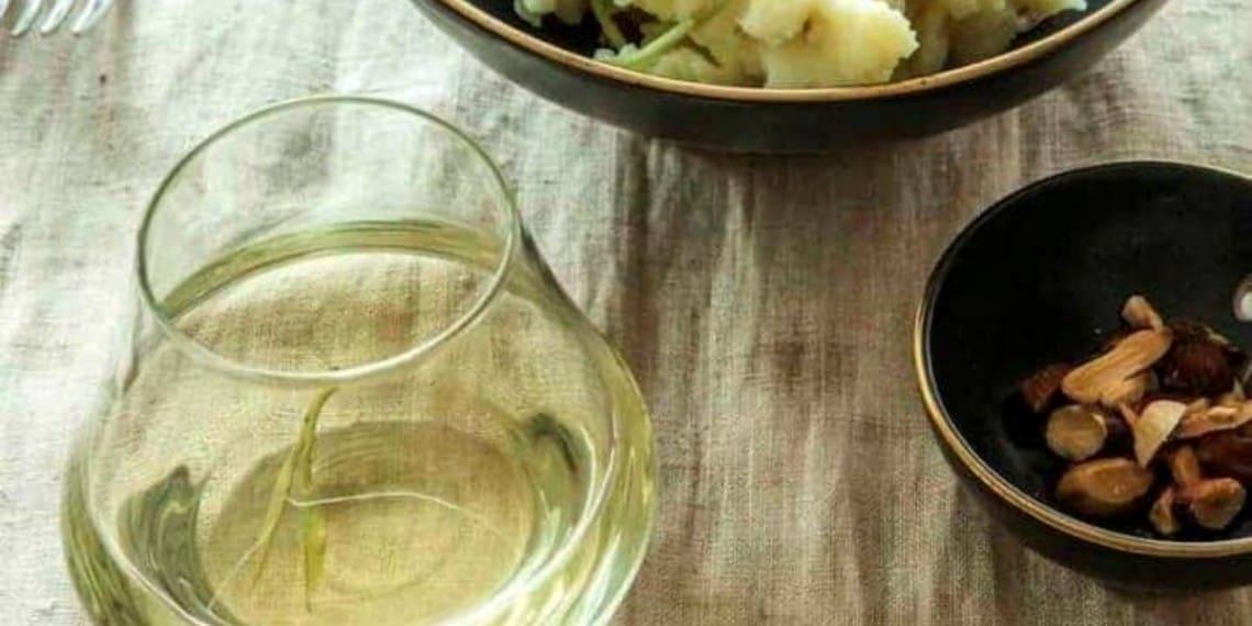Foto uit het boek 'Thee, de nuchtere neef van wijn'   Foto: Harold Pereira